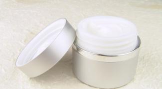 Как следует правильно увлажнить кожу зимой