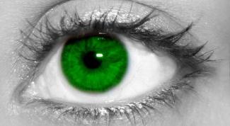 Как сделать цветные глаза на черно-белом фото