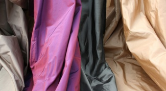 How to sew a dress made of silk