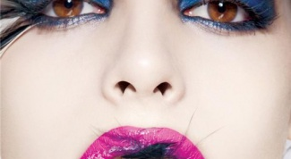 Как усилить цвет глаз