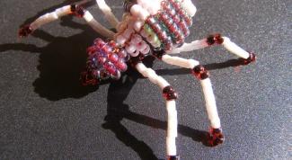 Как сплести паука из бисера