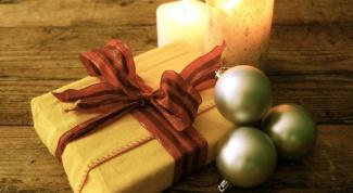 выбрать новогодний подарок