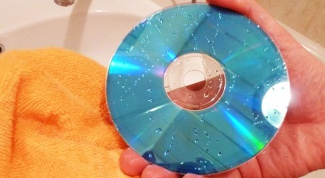 How to clean dvd disc