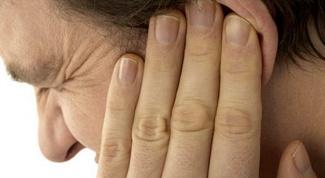 Как прочистить ухо от пробки