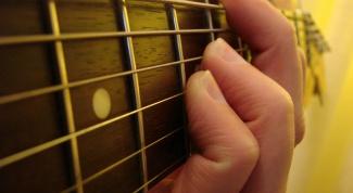 Как играть аккорд b