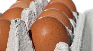 Как определить свежие яйца