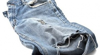 How to sew up a hole in pants