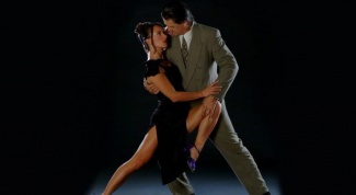 Как танцевать аргентинское танго