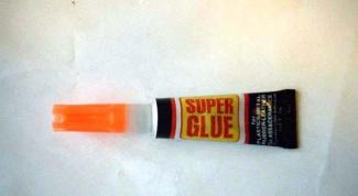 Как очистить руки от суперклея