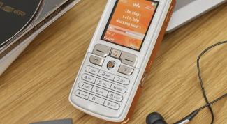 Как удалить файлы из памяти телефона