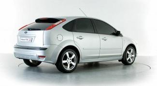 Как снять задний бампер на Ford Focus