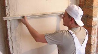 Как выровнять стены в комнате