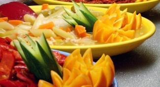 Как вырезать фигурки из овощей
