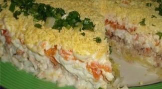 Как приготовить салаты из рыбных консервов