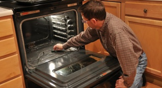 Как отчистить духовку