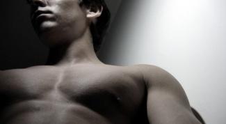 Как качать нижнюю часть груди