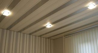 Как зашить потолок пластиком