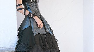 How to sew a Gothic dress