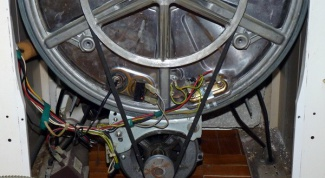 How to remove a pulley of a washing machine