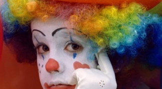 How to make clown makeup