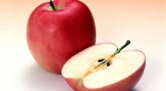 Почему яблоко темнеет