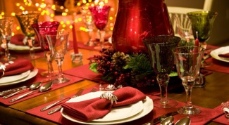 Как украсить стол на Рождество