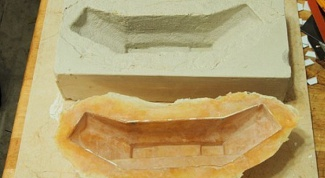 How to make a mold for casting plaster