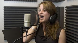 Как научиться петь на английском
