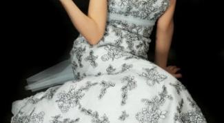 Как расшить платье бисером