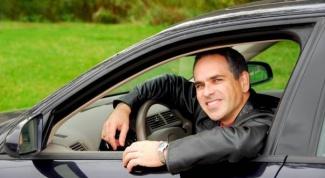 Как получить напрокат автомобиль