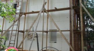 Как приклеить пенопласт к стене