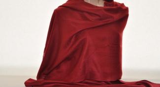 Как завязать палантин на шее красиво