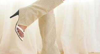 Как и с чем носить летние сапоги