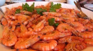 How to boil raw shrimp