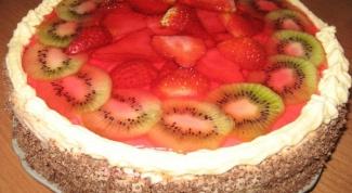 Как испечь бисквитный пирог