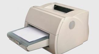 Как заправить бумагу в принтер