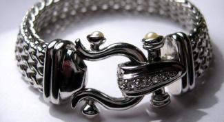 Как чистить серебряные браслеты