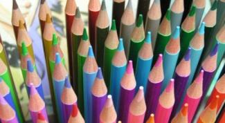 Как выбрать цветные карандаши