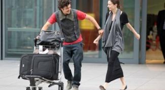 Как встретить девушку в аэропорту