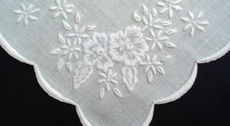 Как вышить носовой платок