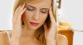 Как снять резкую головную боль народными средствами