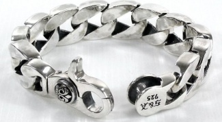 Как очистить серебряные браслеты