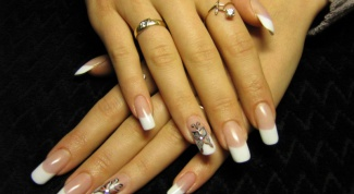 You need to build acrylic nails at home