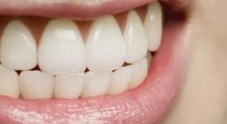 Почему люди скрипят зубами