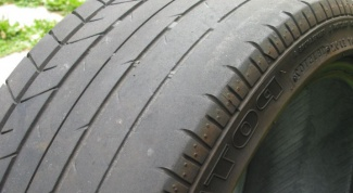 How to determine the wear of automobile tires