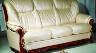 Как отмыть кожаный диван