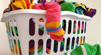Как стирать цветные вещи