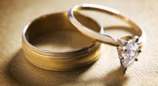 Как выбрать женское свадебное кольцо