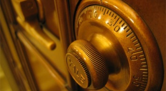How to seal a safe Deposit box