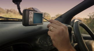 Как выбрать навигатор автомобиль
